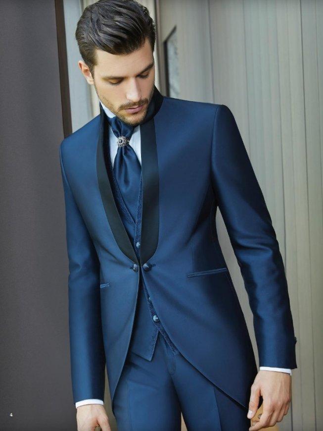 bb46662e7caa Carlo Pignatelli. Il prestigioso marchio Carlo Pignatelli propone abiti da  sposo ...