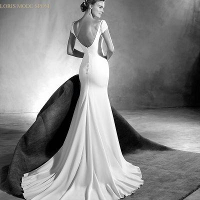 Lo stile minimal per gli abiti da sposa 2017 for Stile minimal vestiti