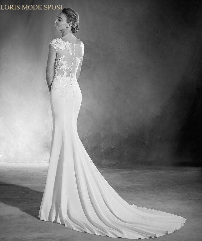 71d127508c81 Le tendenze glam nei vestiti da sposa 2017 - Loris Mode Sposi