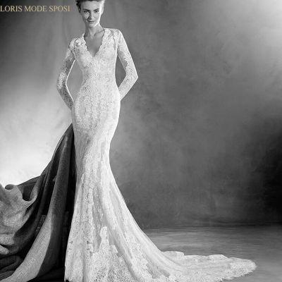 Il trend must have delle maniche lunghe per gli abiti da sposa 2017 2bf5ae01088