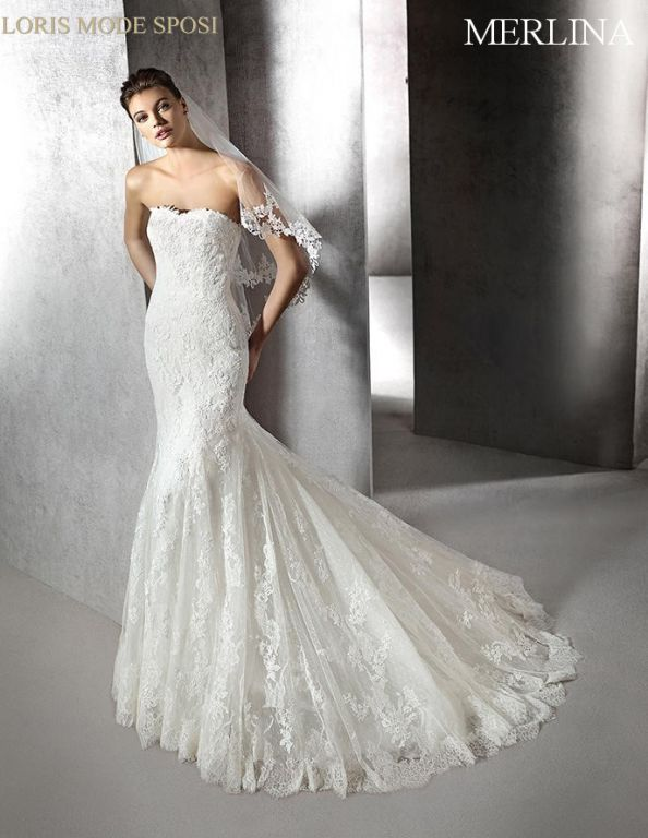 107d53013d19 I vestiti da sposa 2016 per un matrimonio d estate - Loris Mode Sposi